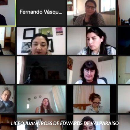 Psiquiatra Amanda Céspedes dialoga con profesores de Valparaíso y Vallenar